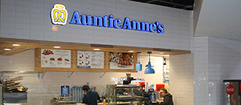 Auntie Anne's Front Counter